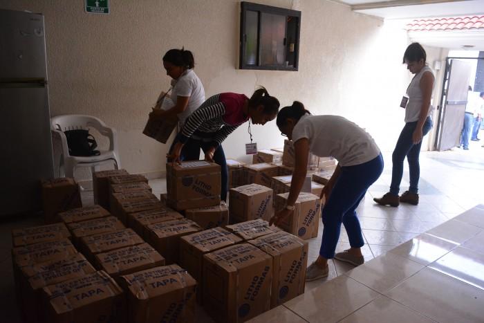 Solicitan a Sedena resguardo de paquetería electoral de Uxpanapa