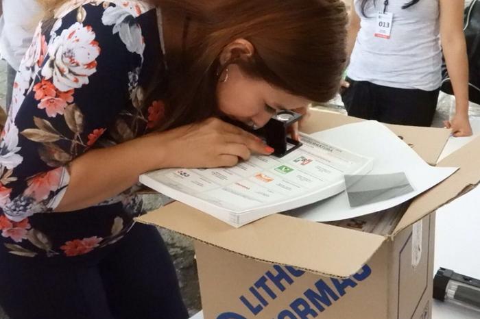 Entregan boletas para la elección de gobernador y diputados en Veracruz