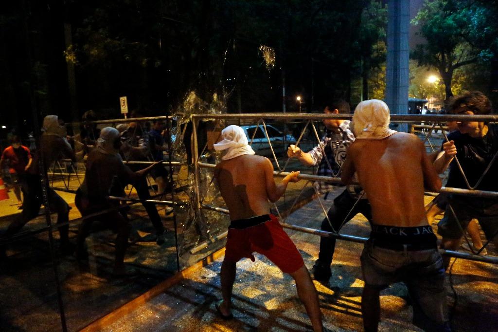Violencia en Paraguay por intento de relección deja un muerto