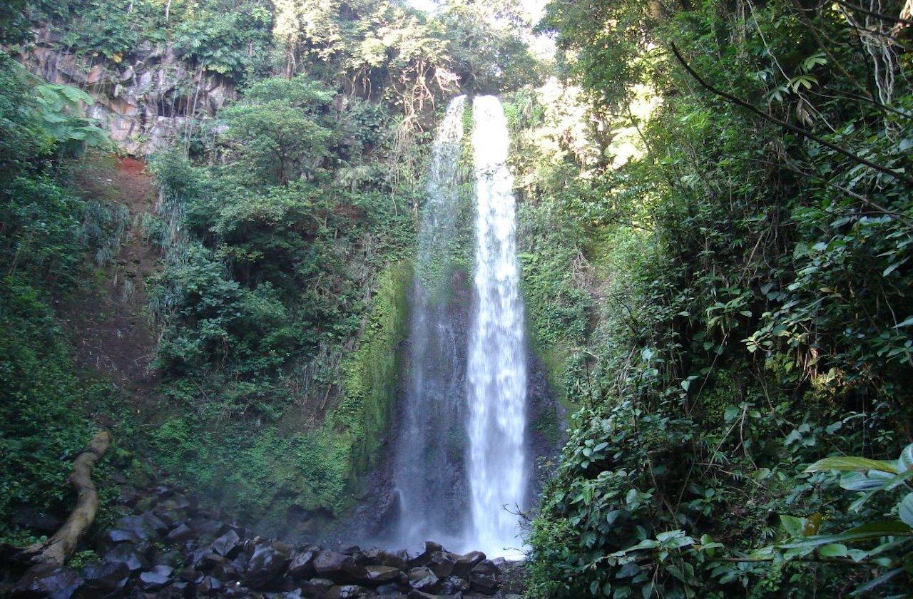 Pareja desaparece en cascada de San Andrés Tuxtla