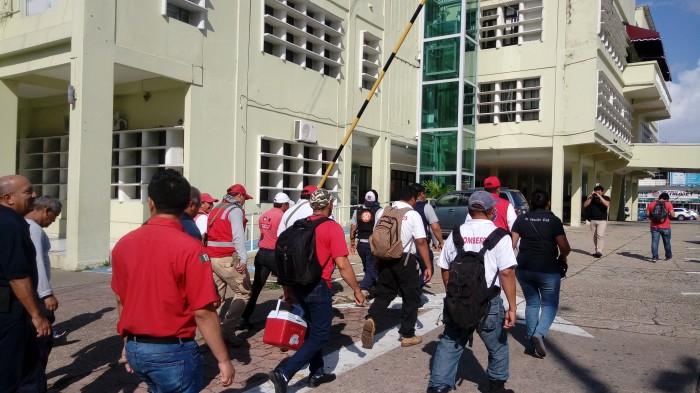 Trabajadores del ayuntamiento de Coatzacoalcos en paro