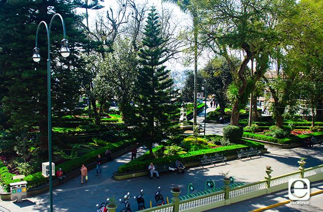 Parques de Xalapa serán cerrados, policías exhortarán a gente a retirarse