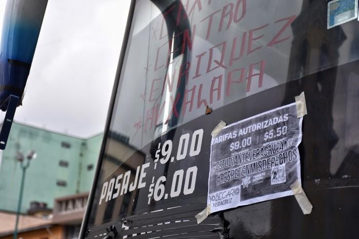 Proponen descuento obligatorio del 50% en transporte público