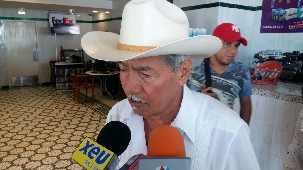 Pascual Lagunes convoca a