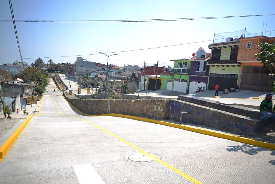 Pavimentación de calle Mérida, sueño anhelado por 40 años: Vecinos