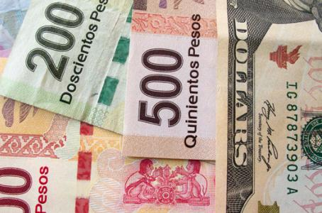 Peso sigue de 'fiesta', dólar cae a 18.50 pesos en ventanilla