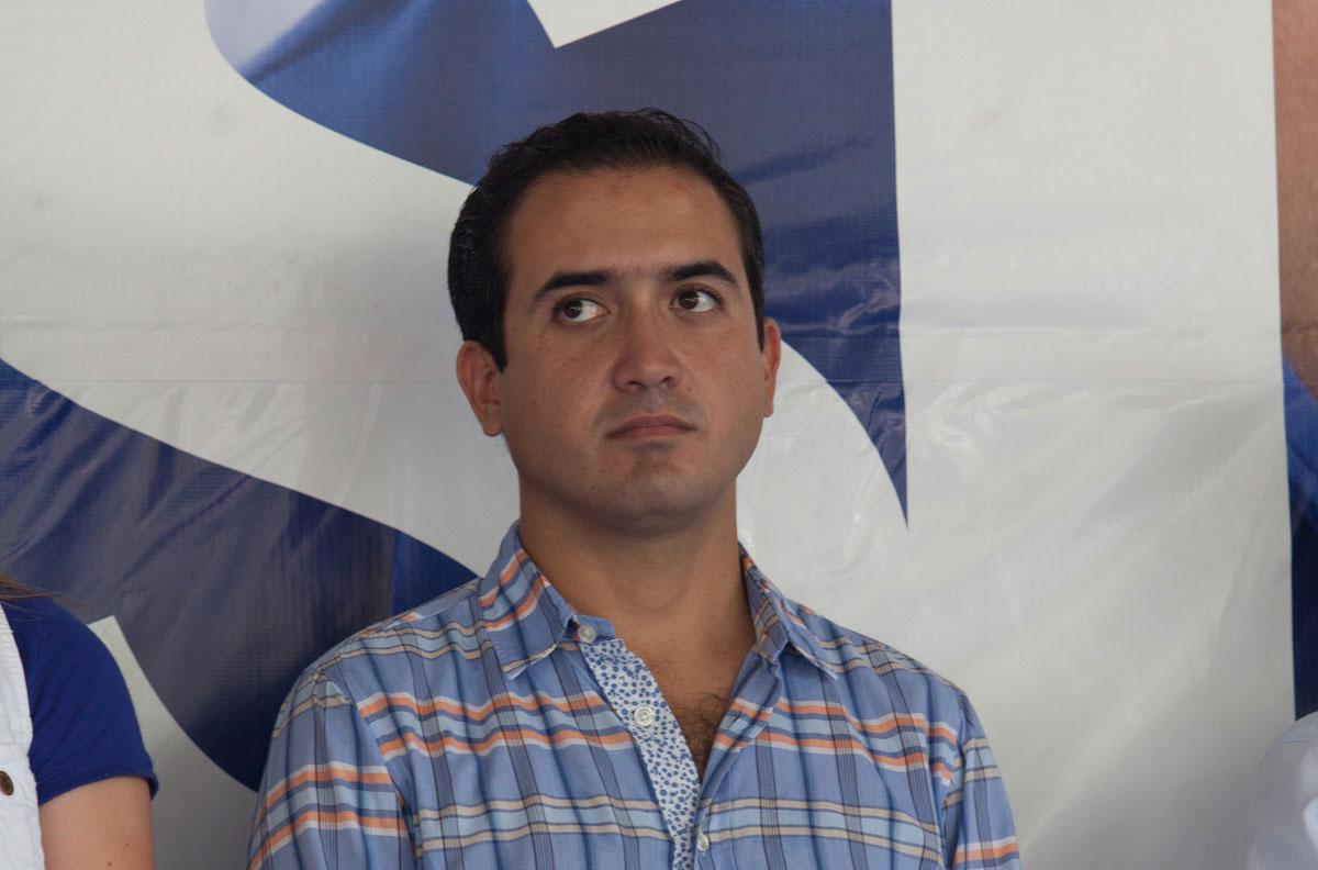 Niega alcalde de Veracruz, que uno de sus escoltas agrediera a su familia