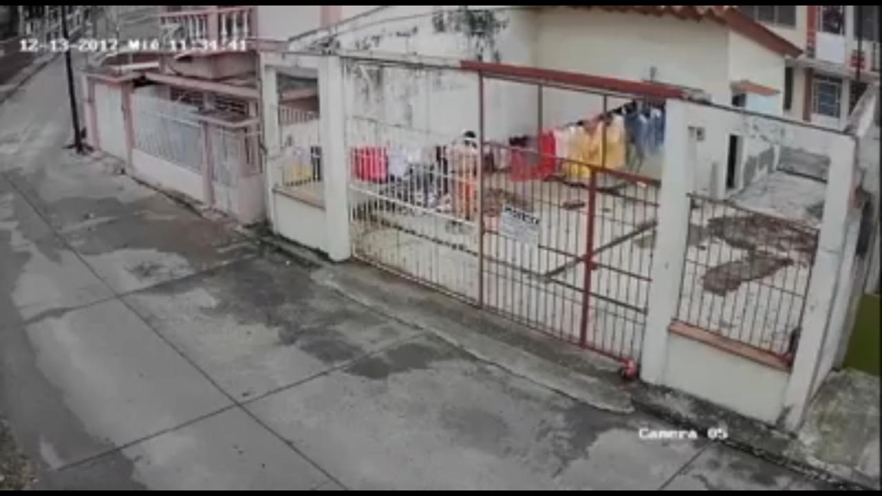 VIDEO: captan a ladrón de calzones en Minatitlán, Veracruz