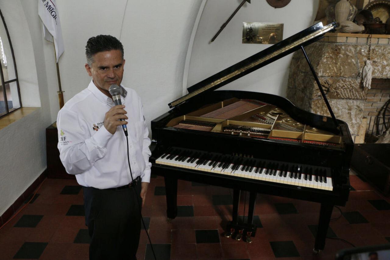 El piano que se toca solo: un insulto para los artistas en Orizaba
