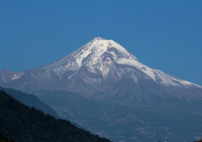 Muere alpinista de EEUU en el Pico de Orizaba, hay otro herido