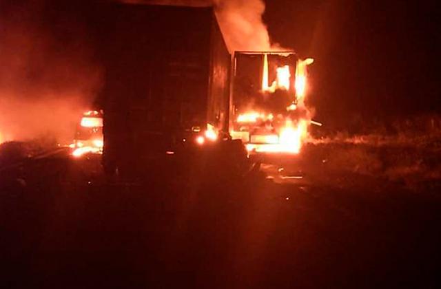 Pipa se incendia tras carambola en autopista Tinaja-Cosoleacaque