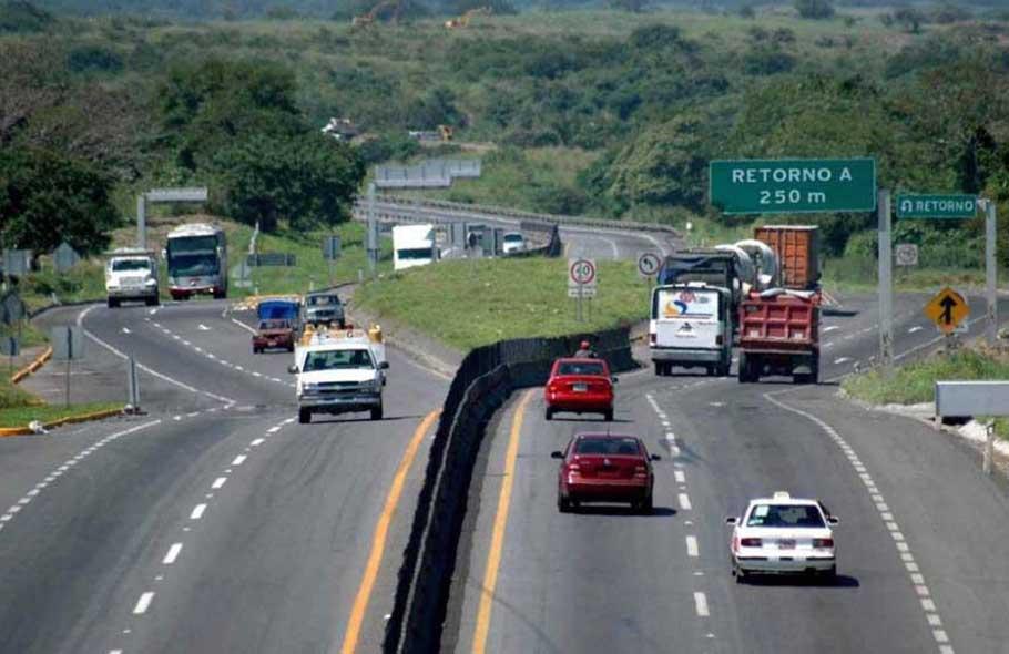 ¿Viajas por carretera? Sigue estos 10 tips para vacaciones seguras