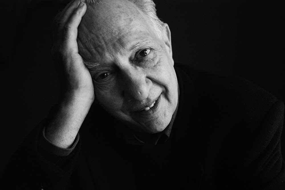 Prepara Bellas Artes homenaje a Sergio Pitol