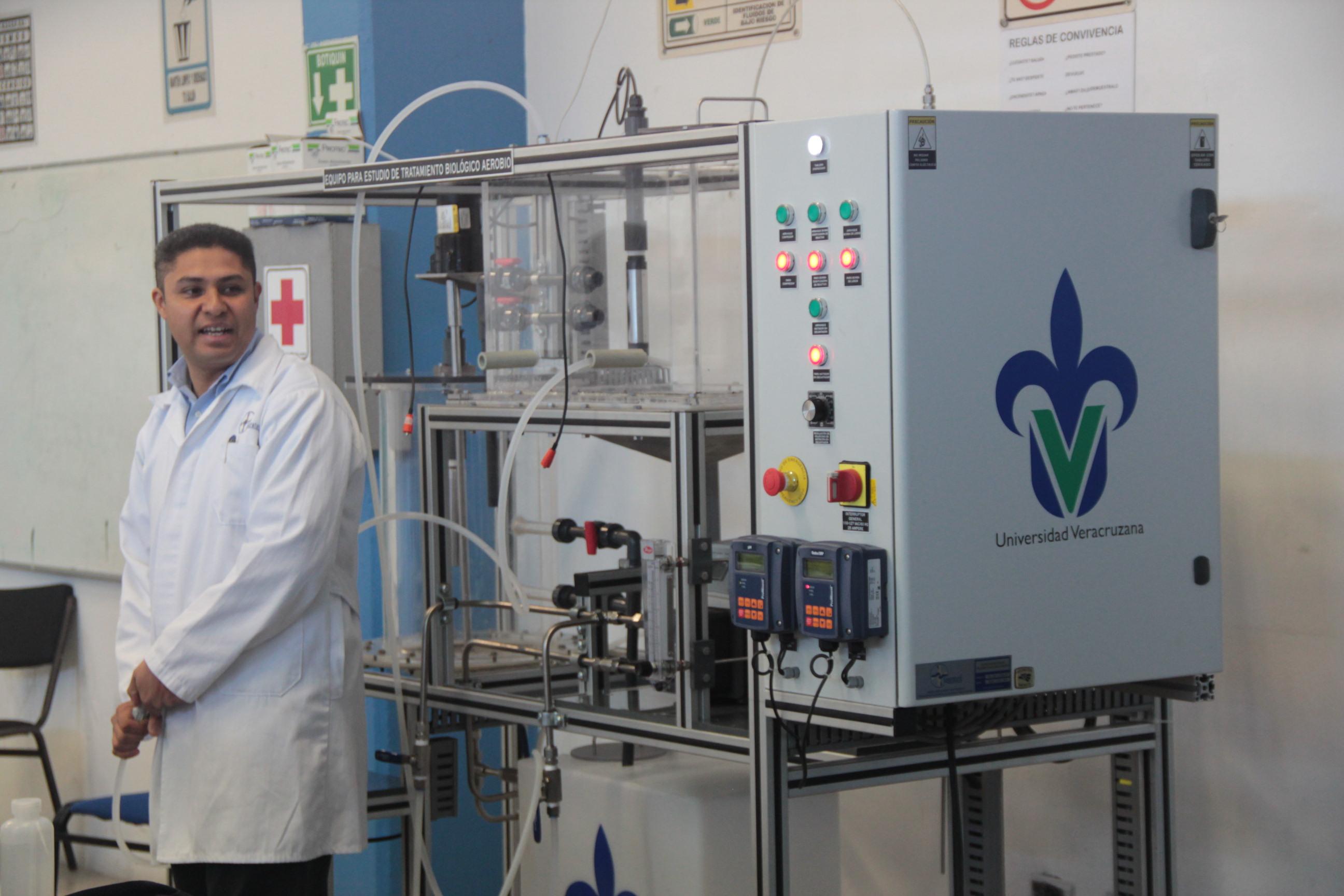 Ciencias Químicas puso en marcha planta de tratamiento de agua