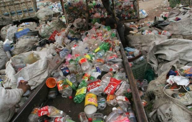 Más de 6 toneladas de plásticos fueron recolectados en e primer Plastianguis Nanchital 2017