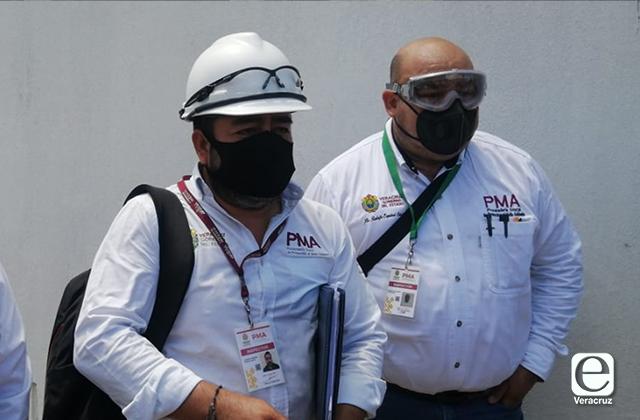 PMA inspecciona Hospital de Coatza por acumulación de desechos