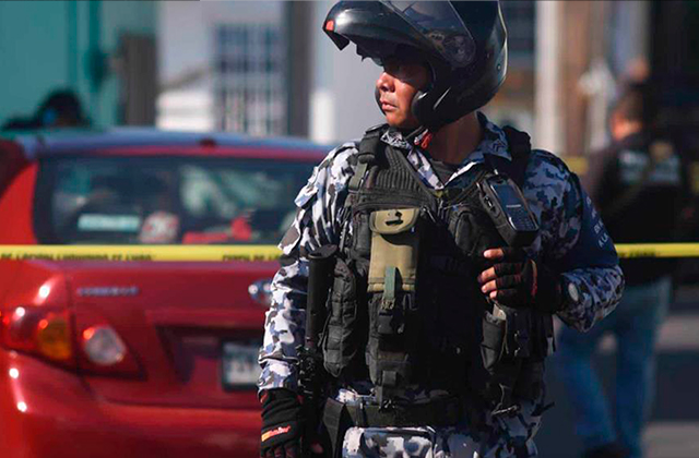 Policía Naval seguirá operando en Coatza, asegura gobernador