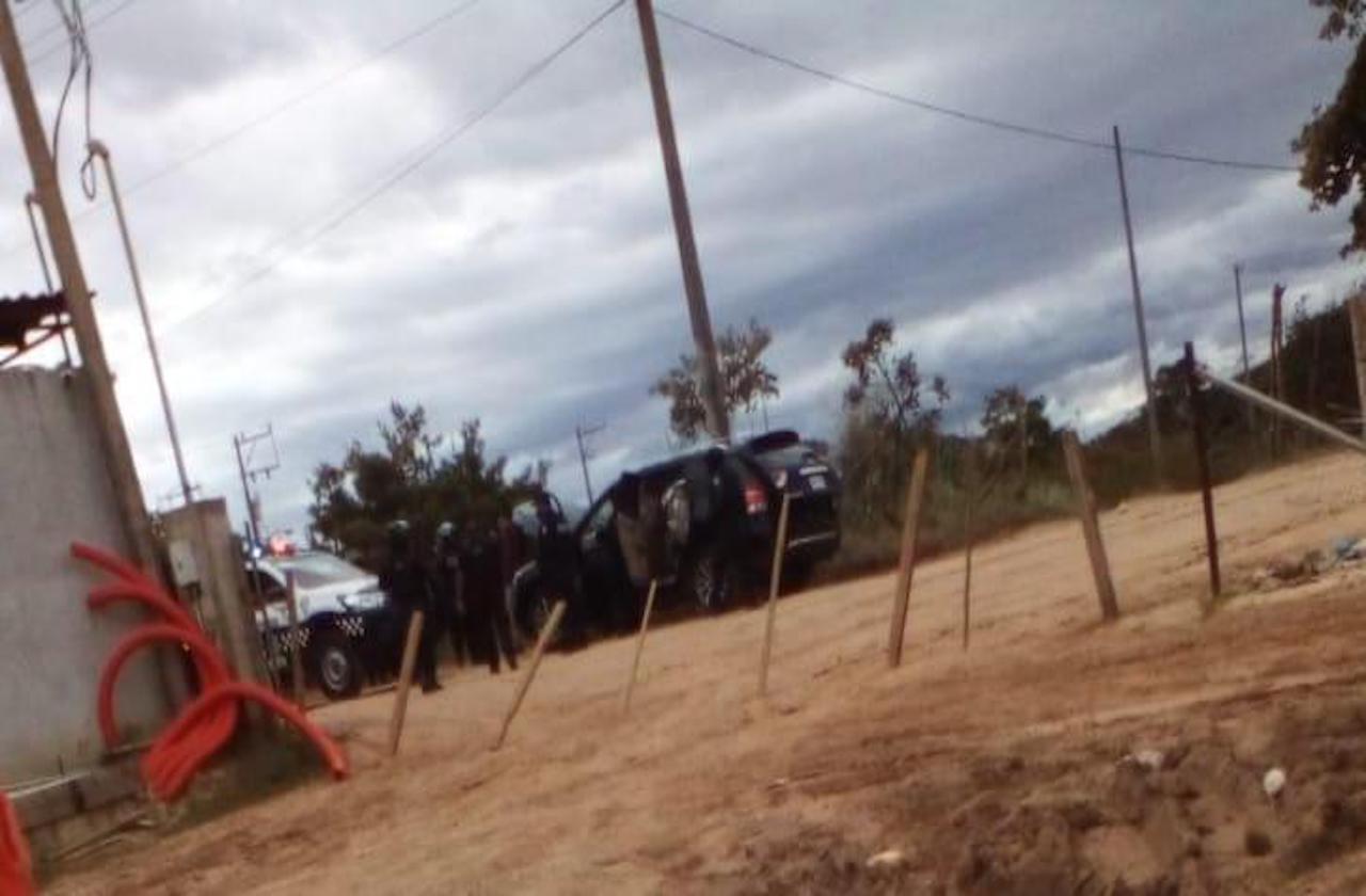 Policías frustran secuestro en Mina; hay dos detenidos