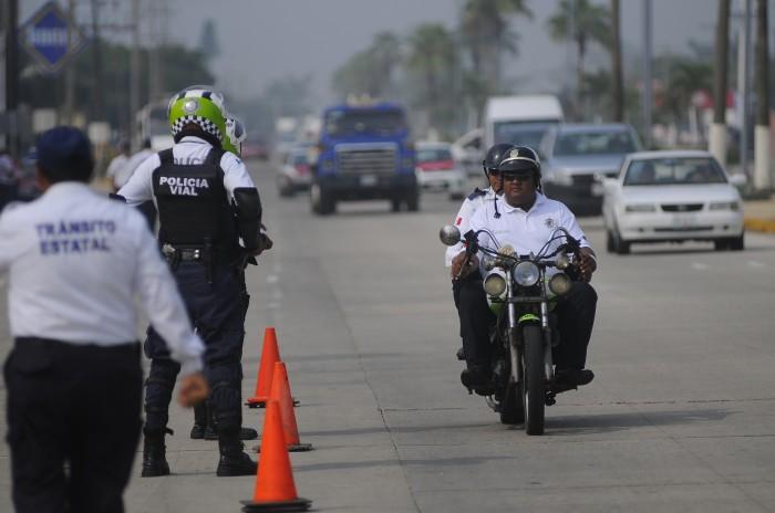 Alcalde de Coatzacoalcos negocia con un militar para dirigir Policía Municipal