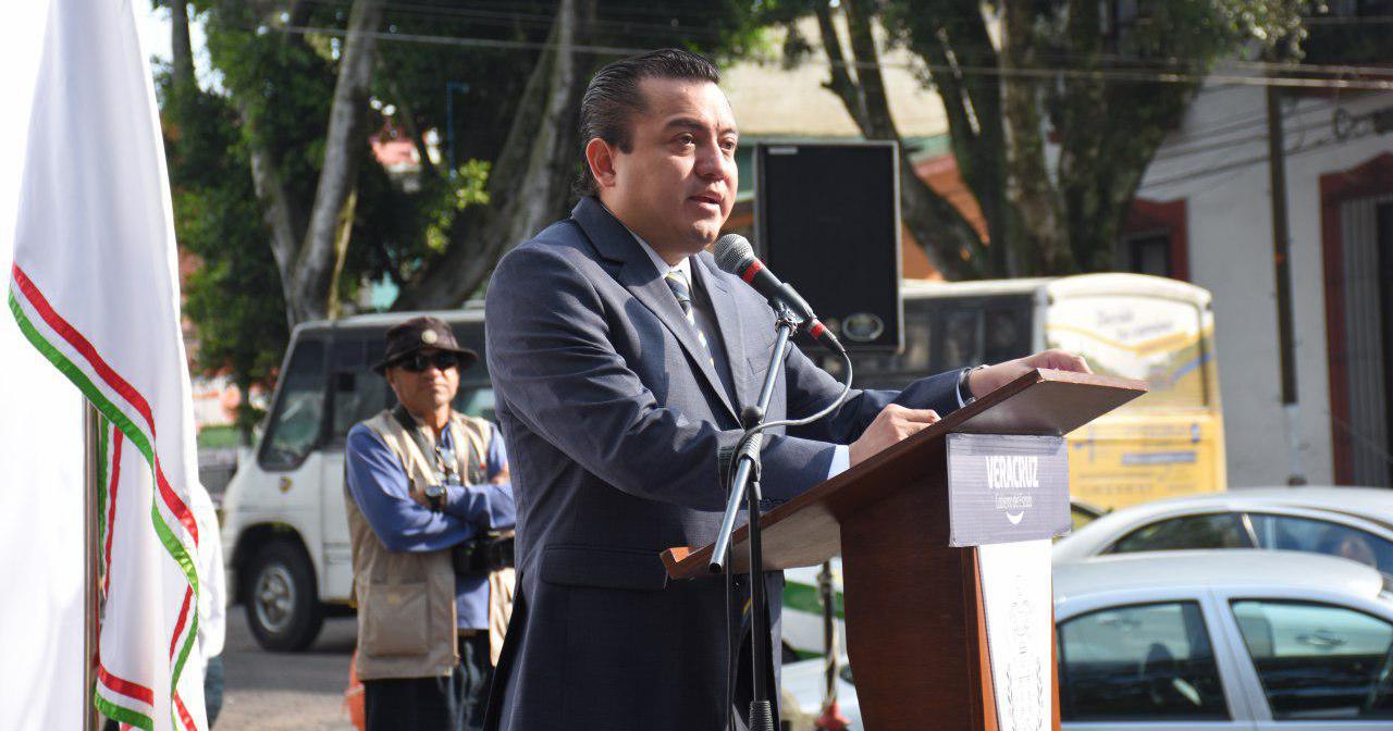 Líder del PAN en Veracruz solicita licencia, va por reelección