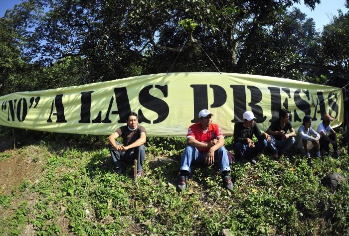 OHL tendría permisos para minería e hidroeléctricas en Veracruz
