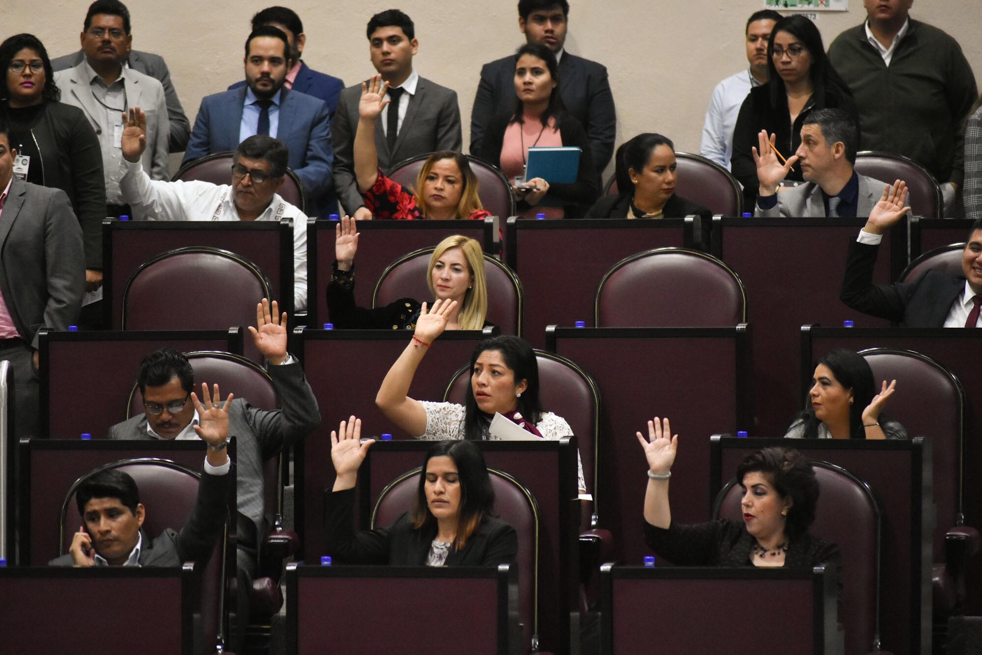 Congreso da 3 meses a Cuitláhuac para definir presupuesto 2019