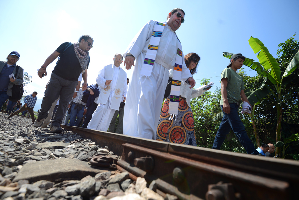 Veracruzanos migran ante violencia: Prisciliano Peraza