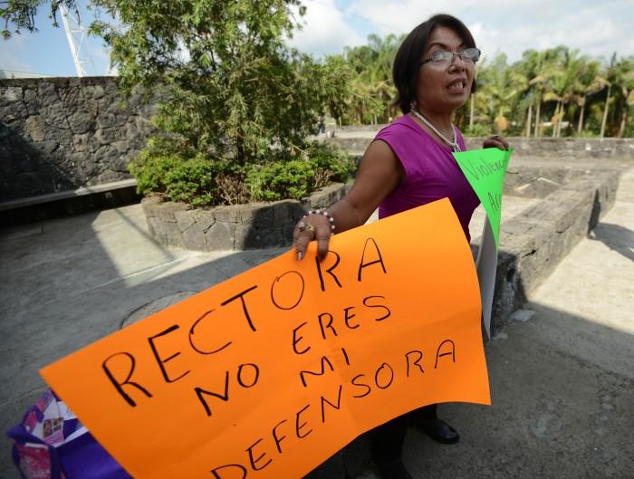 Profesora reclama a Rectora UV indefensión en caso de plaza