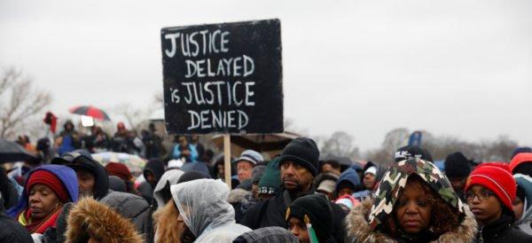 Protestan en Washington y NY contra Donald Trump
