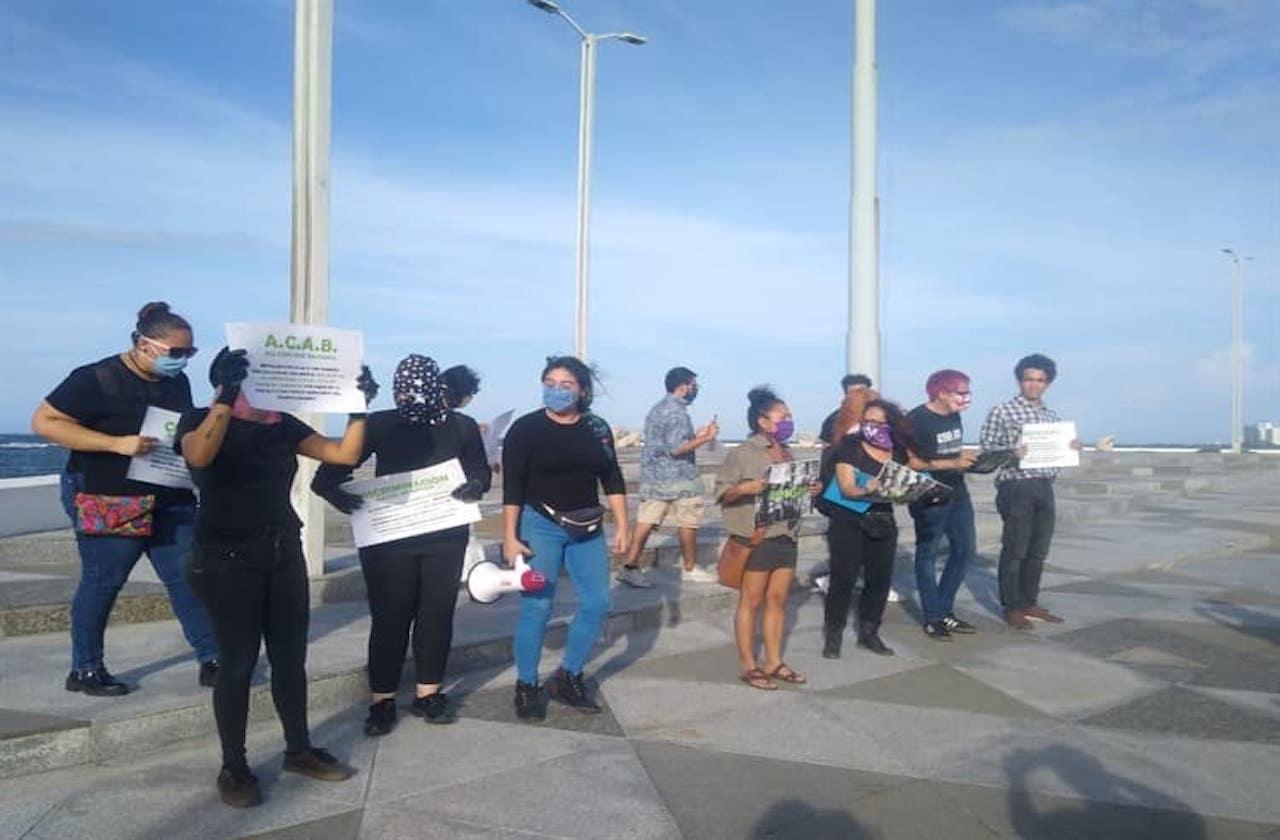 Puerto de Veracruz se suma a reclamos por brutalidad policiaca