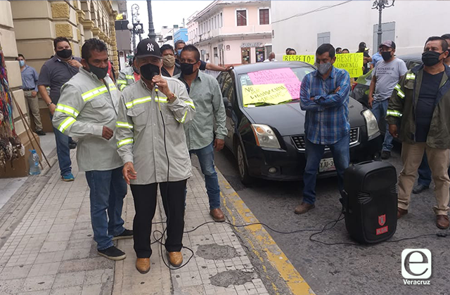En protesta por despidos en Tamsa, reaparece Pascual Lagunes