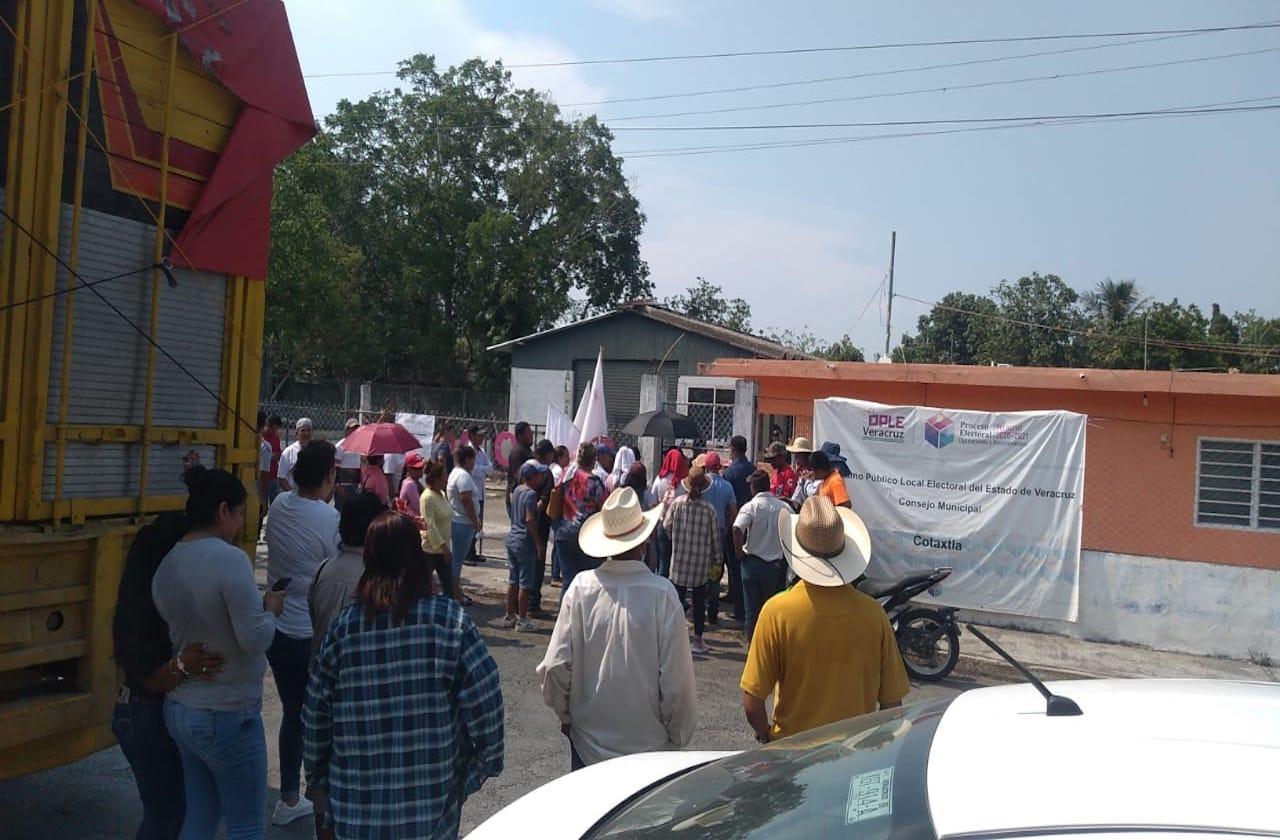 Protestan ante supuestas inconsistencias en elección de Cotaxtla