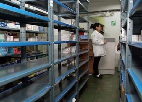 Por cambio de gobierno, hay riesgo de desabasto de medicamentos
