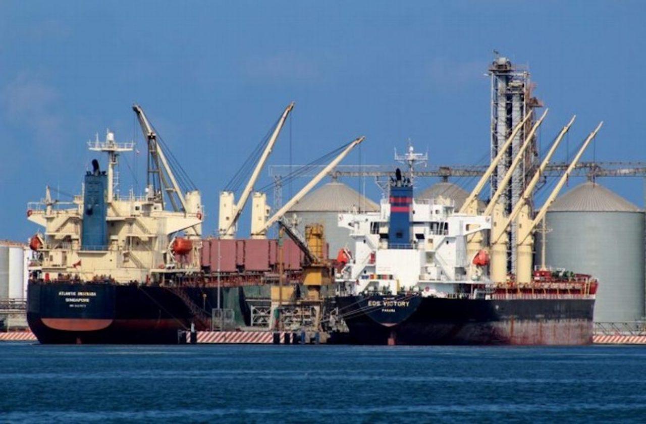 ¿Qué mercancías se mueven en el puerto de Veracruz?