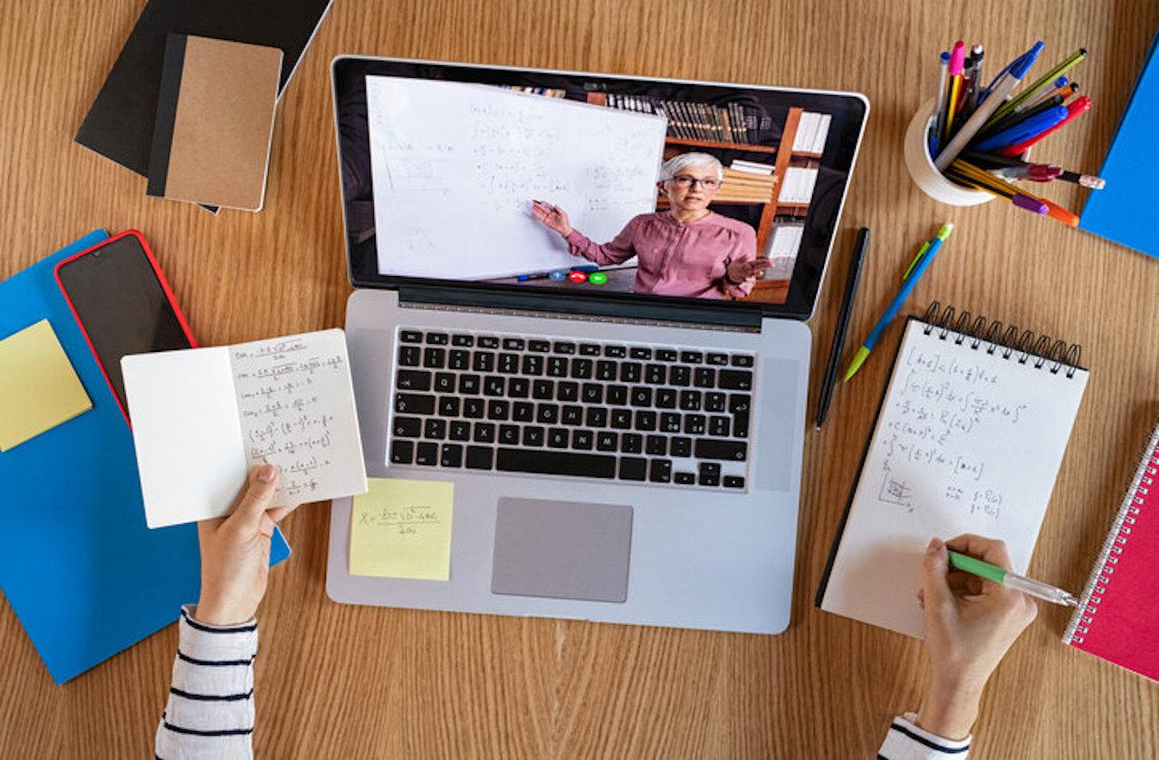 ¿Qué tan caro será el regreso a clases virtual?