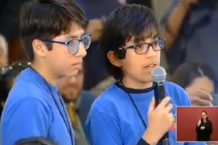 Niños reporteros cuestionan a AMLO sobre estrategia contra desapariciones