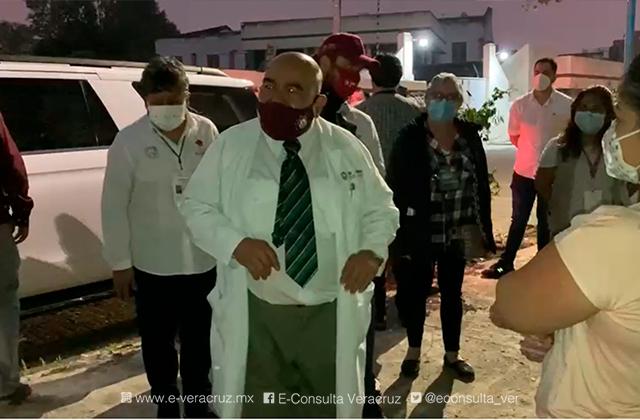 Ramos Alor pide a xalapeños no hacer filas en centros de vacunación