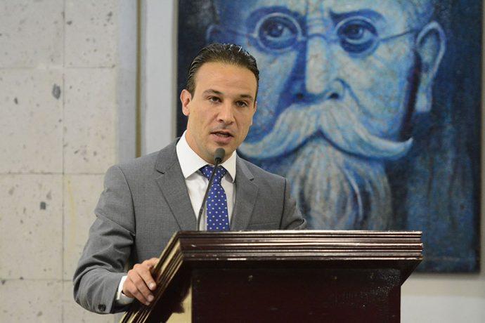 Asignación de obras con Julen siguieron proceso lícito: Diputado