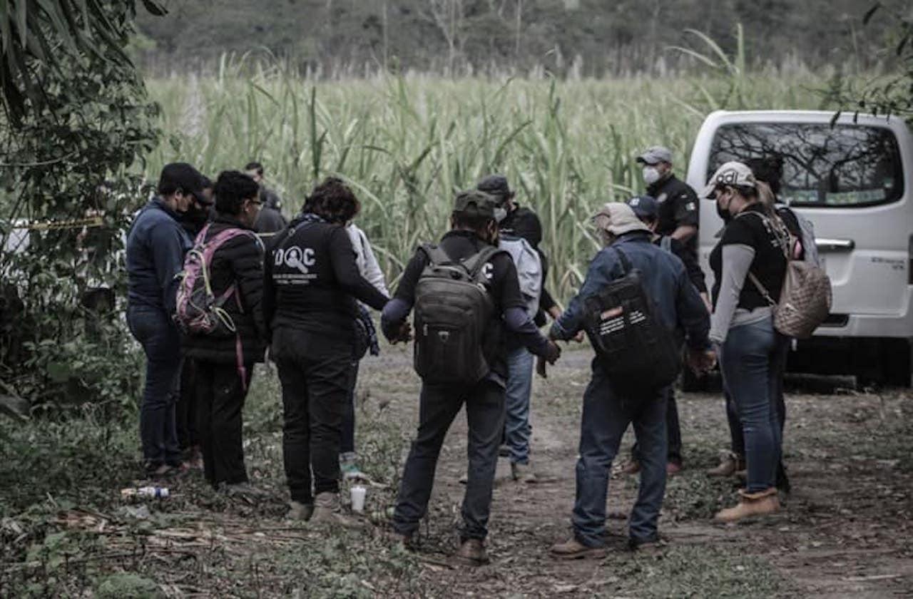 Reanudarán búsqueda de restos humanos en fosas de Ixtac