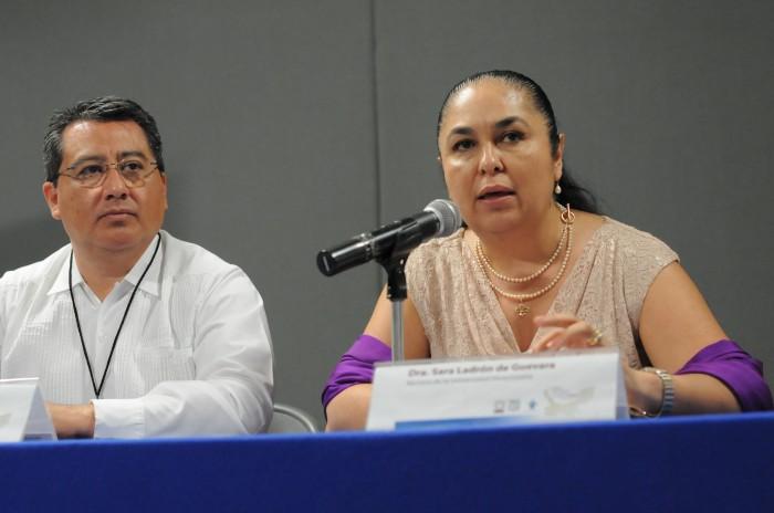 Movilizaciones UV, sin tintes partidistas: Sara Ladrón de Guevara