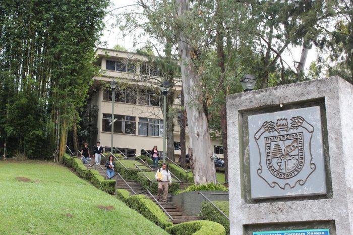 Habrá respeto a la autonomía de la UV y se pagará adeudo: Cuitláhuac