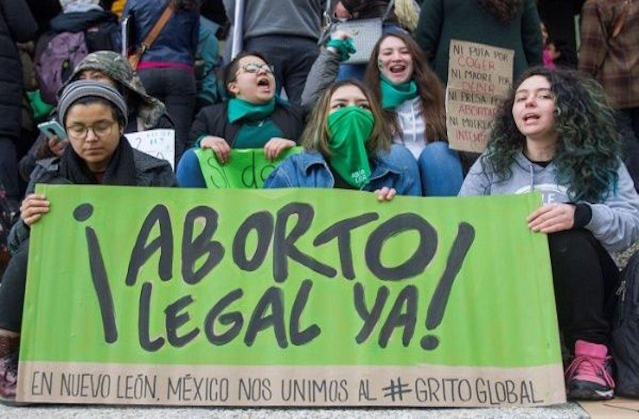 Red Familia pide desechar amparo pro aborto