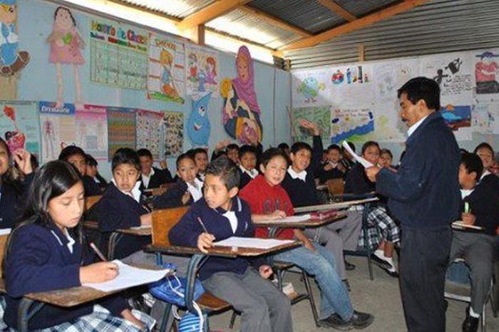 EPN y su reforma educativa, ni se frenó la corrupción ni mejoró la calidad