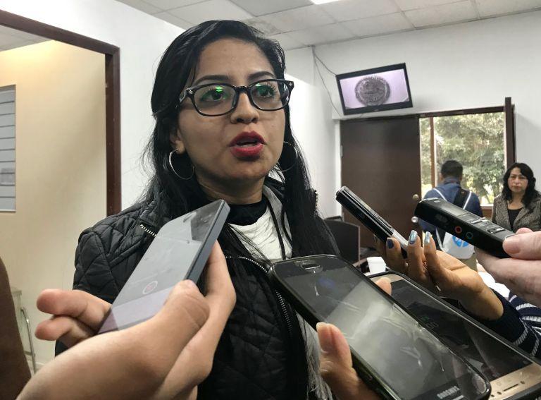 Regidora de Coyutla señala desvío de recursos de alcalde y ex alcalde