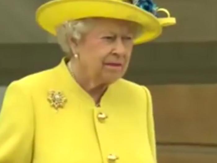 La familia real hace minuto de silencio por las víctimas de atentado