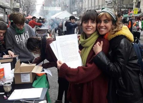 Argentinos renuncian a la Iglesia Católica