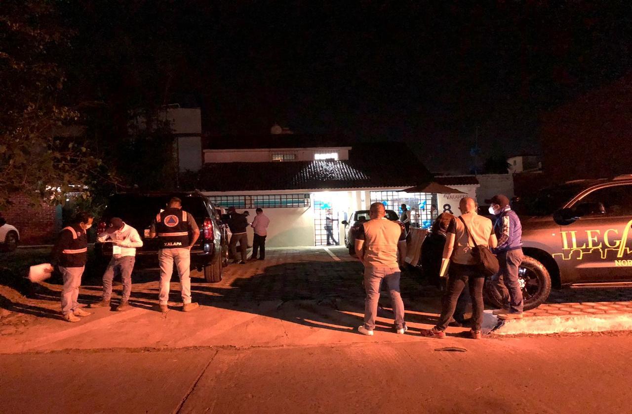 Reportan evento masivo en restaurante de diputado, en Xalapa