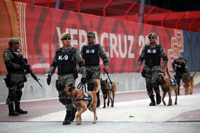 Fuerte resguardo policial previo a la inauguración de los JCC