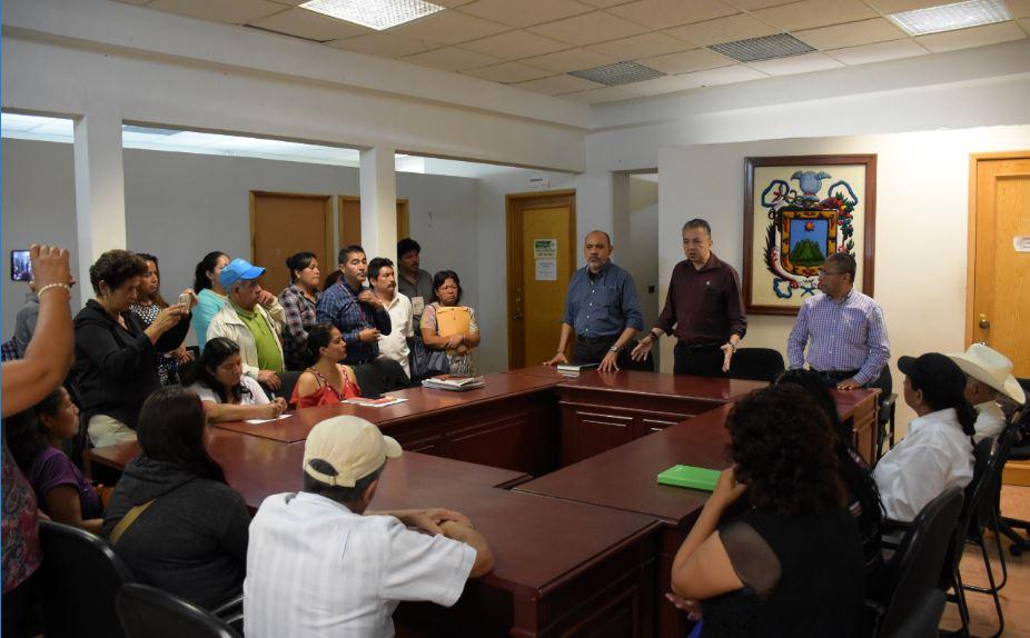 Autoridades de Xalapa y antorchitas se reúnen