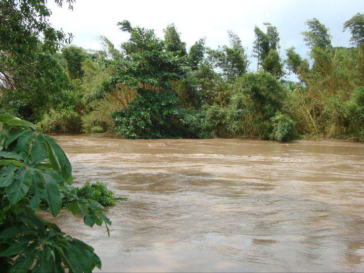 Padre e hijo de 4 años mueren ahogados en el río Uxpanapa